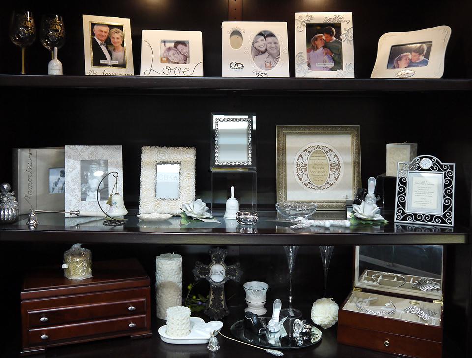 Feldman Jewelers Gifts Case 4